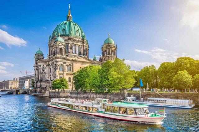 https://avioexpress.ba/wp-content/uploads/2018/09/destination-berlin-02-640x427.jpg