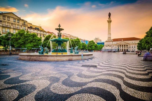 https://avioexpress.ba/wp-content/uploads/2018/09/tour-portugal-01-640x427.jpg